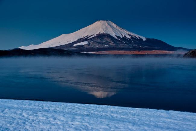 凍る平野湖岸 09012503.jpg