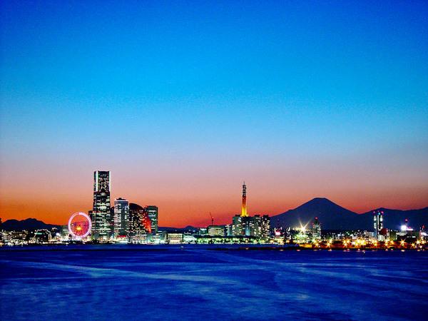 大黒大橋からの横浜港 03122191.jpg