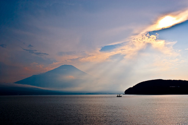 山中湖湖畔夏の平野 10072403.jpg