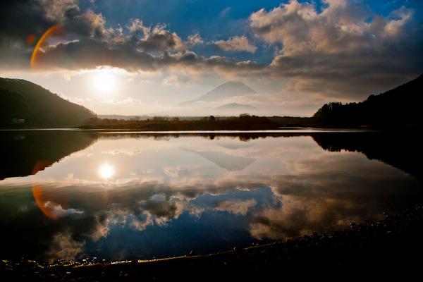 朝の精進湖 09020719.jpg