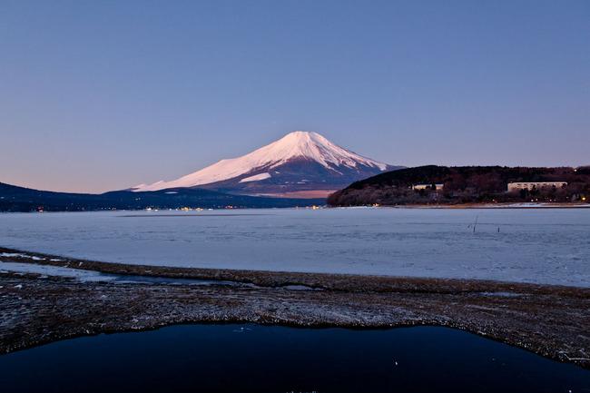 氷の平野の富士山 10011703.jpg