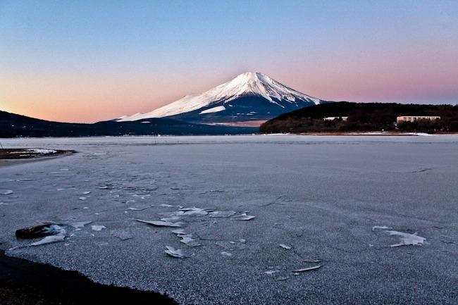 氷の平野の富士山 10011707.jpg