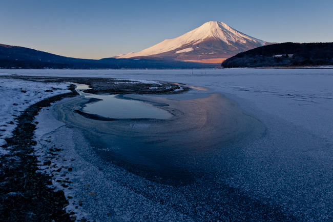 氷の平野の富士山 10011737.jpg