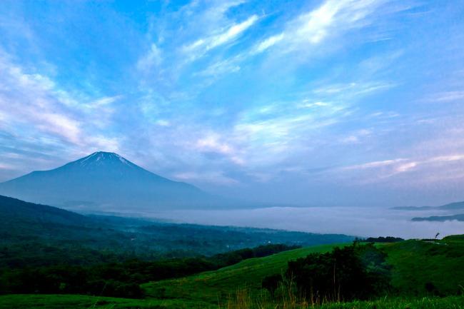 雲海の山中湖 08070533.jpg