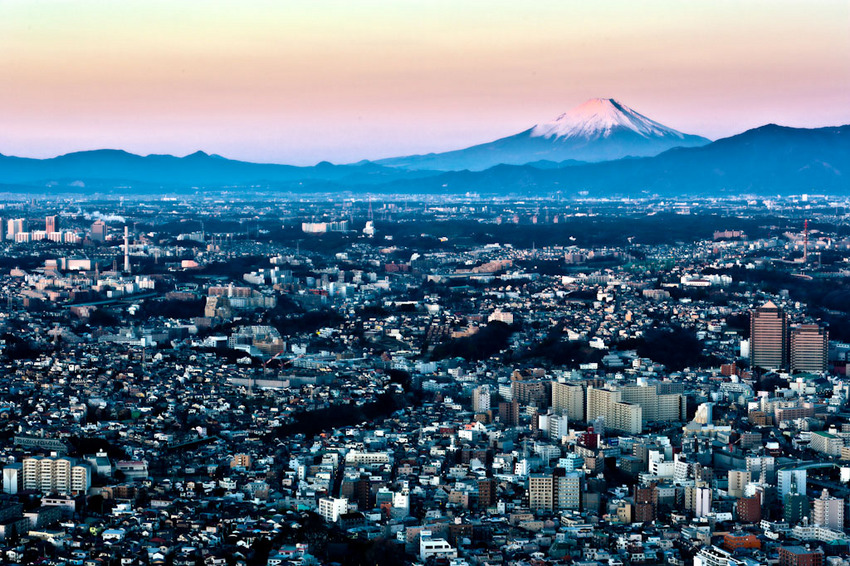 ランドマークタワーからの富士 02.jpg